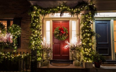 Roof Safety Tips For Holiday Decorating